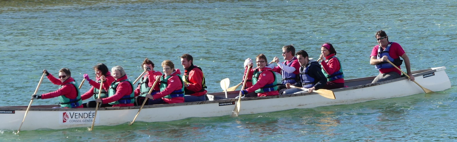 canoe 15 places vendee